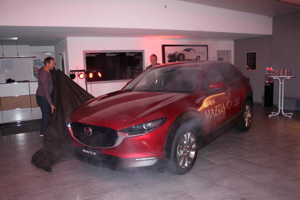 https://garage-wendelspiess.mazda.ch/wp-content/uploads/sites/97/2021/02/Vip-Event-Mazda-CX-30-1-1.jpg